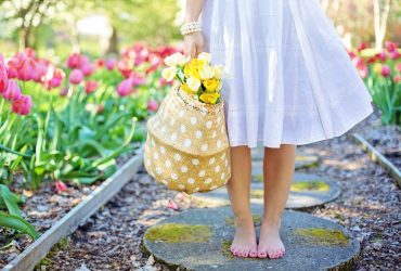 barefoot-girl-basket-blooming