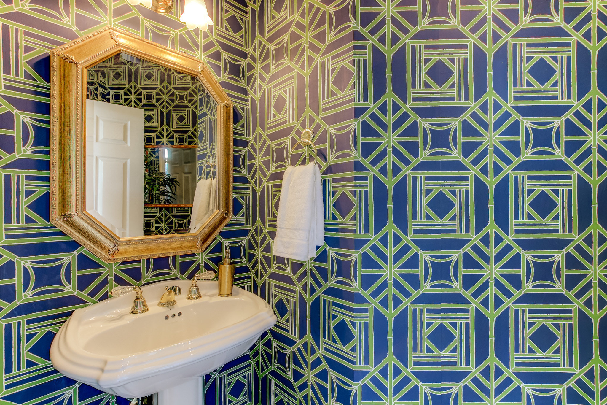 thibaut wallpaper in bathroom